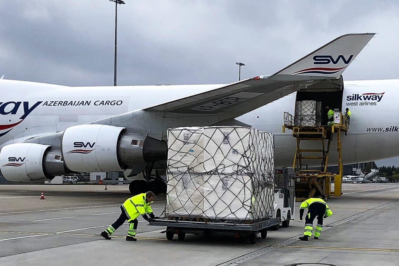 Verladung von 48 Tonnen Zellulose. © SDAG