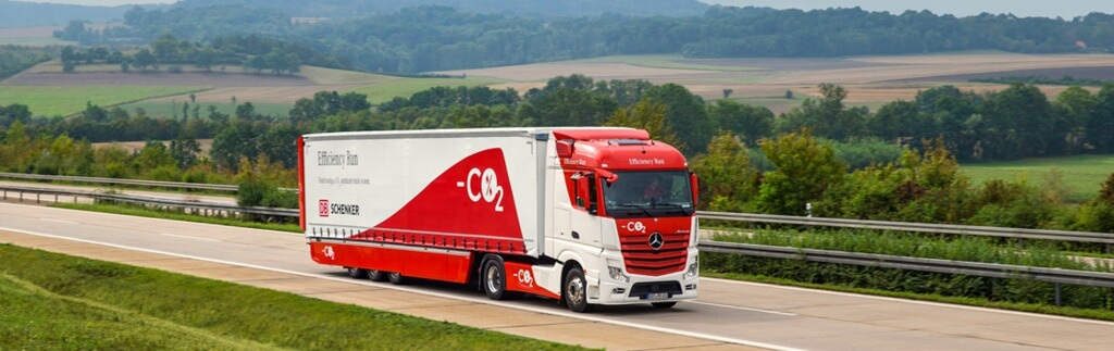 Green Logistics im Landverkehr: CO2-Reduktion & Kostenersparnis