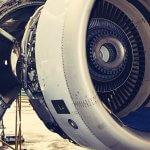 """Flugzeug """"am Boden"""" – Puls ganz oben"""