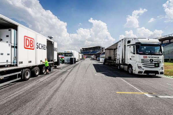DB Schenker Lkw im Startbereich des Hockenheimrings