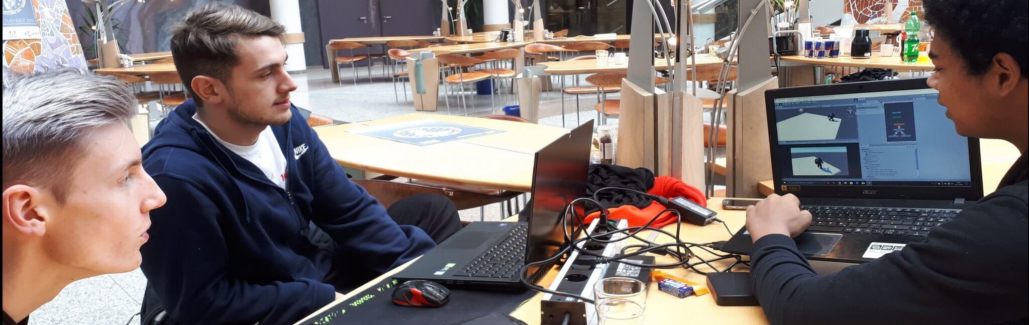 Creative Competiton: Mediencampus SAE Frankfurt zu Gast beim DB Schenker Game Jam