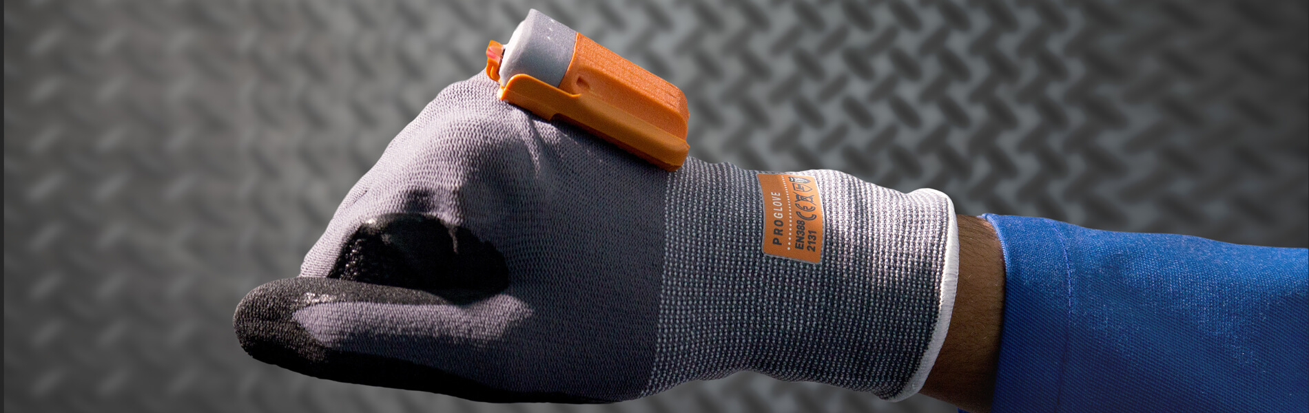 Intralogistics: intelligent scanning glove optimizes picking process