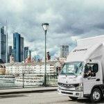 Elektromobilität im städtischen Lieferverkehr: DB Schenker übernimmt eCanter von Fuso