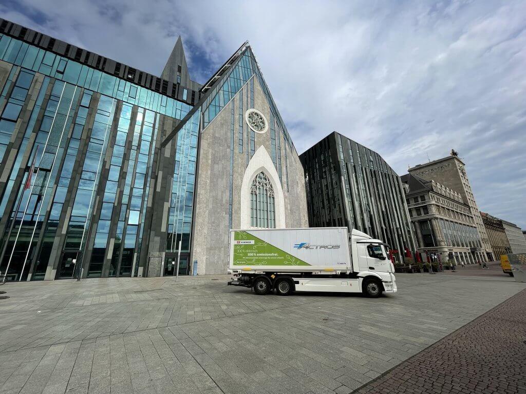 Der eActros wird vorwiegend im Stadtgebiet Leipzig und im näheren Umland eingesetzt © DB Schenker