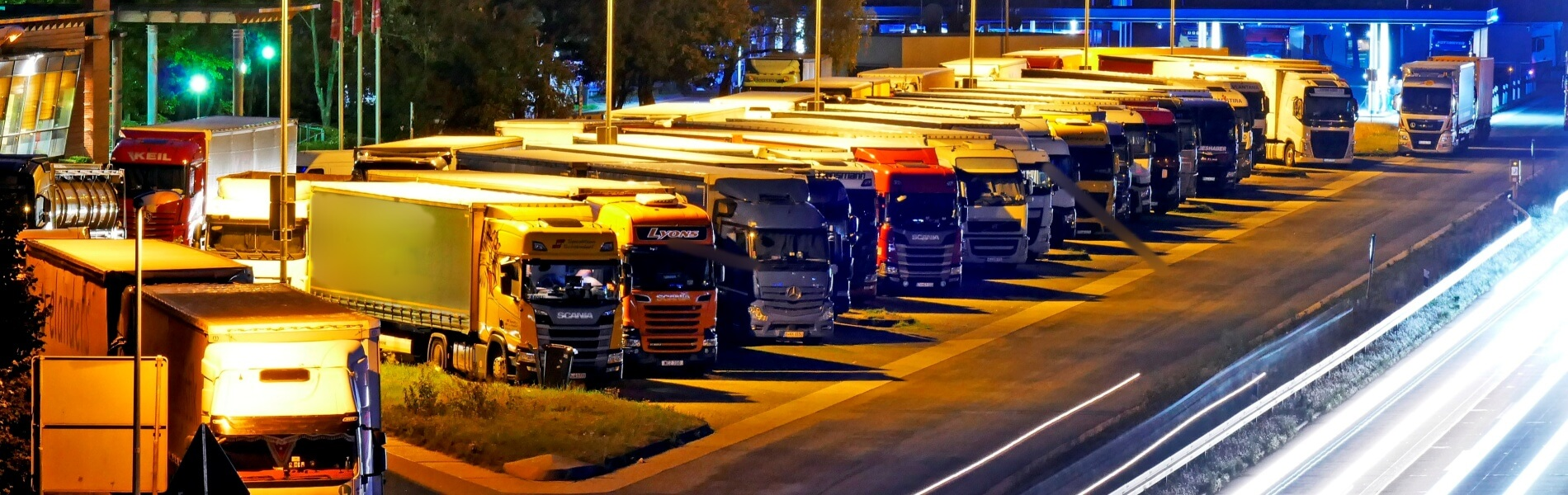 Truck parking spaces in short supply – digital solutions can help