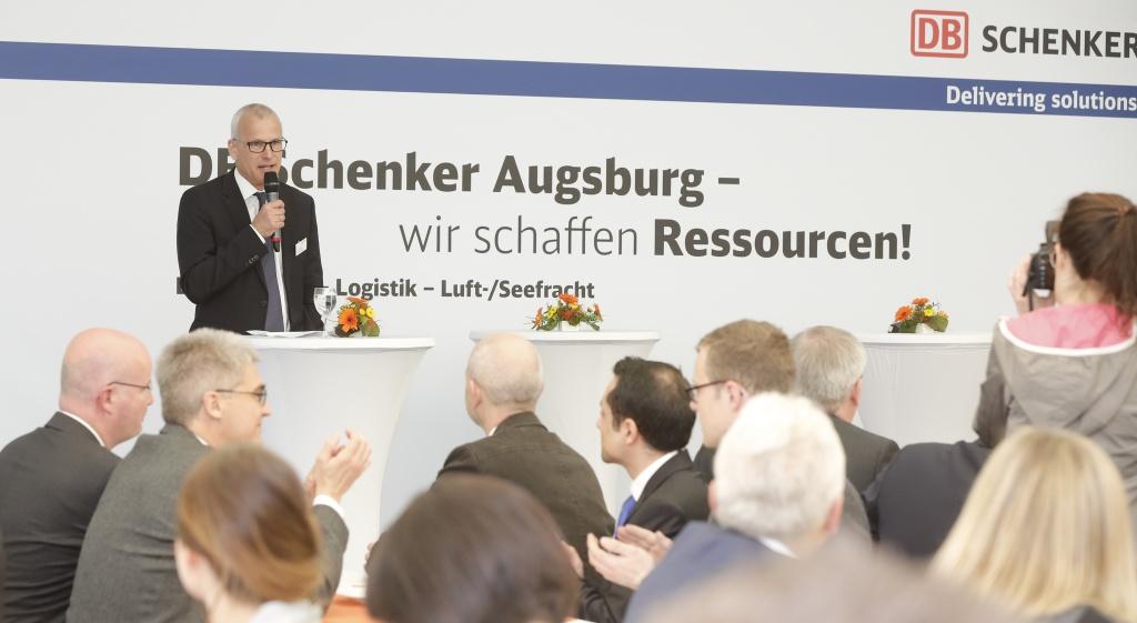 DB Schenker eröffnet neue Logistikanlage in Augsburg