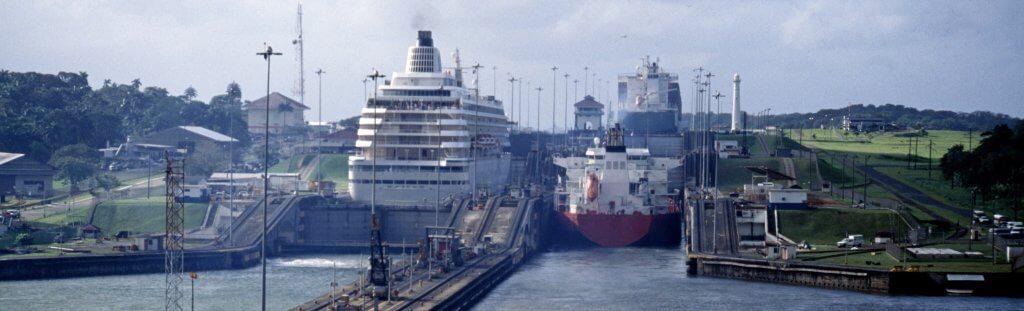 Die Welt wird immer vernetzter: Quer durch den Panama-Kanal mit bis zu 14.000 TEU