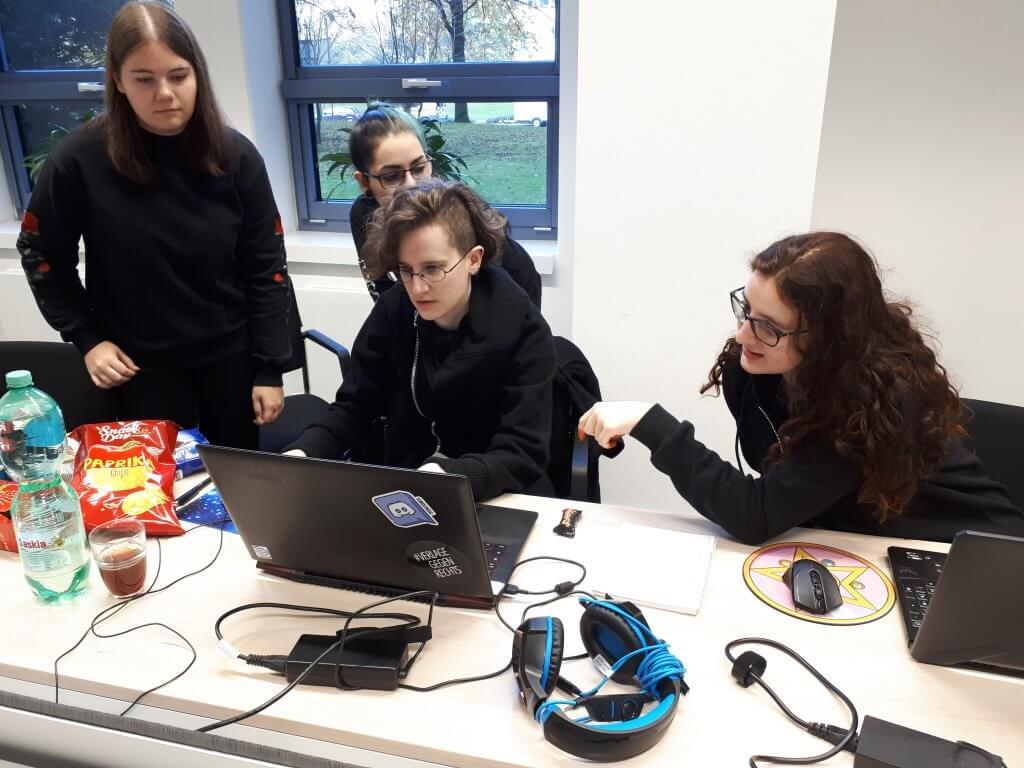 Teamarbeit beim DB Schenker Game Jam