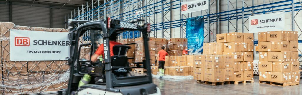 Porsche and DB Schenker: protective equipment for Germany