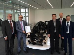 Übergabe des Key Supplier Awards von Brose an DB Schenker