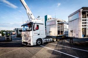 DB Schenker Truck ohne Lkw Plane
