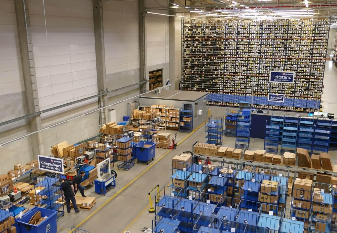 Ein schlank agierendes Warehouse: DB Schenker Logistikzentrum Rodgau © DB Schenker